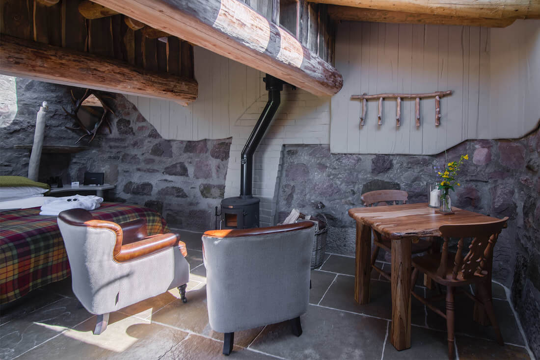 Self catering accommodation hobbit hole interior